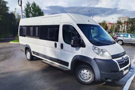 Микроавтобус Renault Master